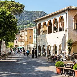 Garda, Palazzo dei Capitani. Foto: Dietrich Wirk